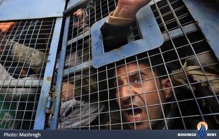 دستگیری ده ها تن از کارکنان دولت در هند که خواستار پرداخت معوقه حقوق و بالا بردن سن بازنشستگی بودند