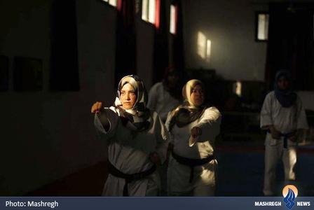 آموزش کاراته دختران فلسطینی