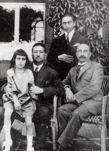 محمدعلی شاه قاجار هنگام خلع از سلطنت ودرهنگام اقامت دراستانبول