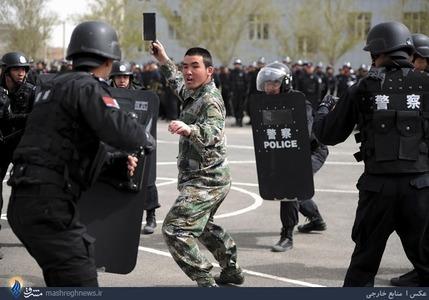 رزمایش پلیس ضد شورش در چین