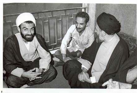 شهیدان محمد بهشتی، محمدعلی رجایی و علی اکبر اژه ای عضو شورای مرکزی حزب جمهوری اسلامی