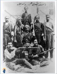 گروهی از مشروطه خواهان  تحت فرماندهی مشهدی عبدالله