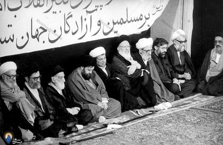 17خرداد1368، دانشگاه تهران، برگزاری اولین مجلس ترحیم امام خمینی(ره) از سوی آیت الله خامنه ای