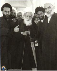حجت الاسلام والمسلمین محمدتقی فلسفی در کنار پدرش آیت الله حاج شیخ محمدرضا تنکابنی