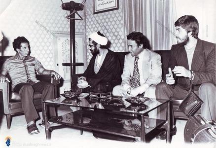 1358، لیبی، شهید محمد منتظری در دیدار با عبدالسلام جلود