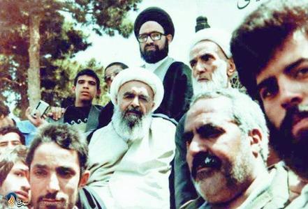 یزد، شهید آیت الله محمد صدوقی در کنار مرحوم حجت الاسلام والمسلمین محمد تقی فلسفی