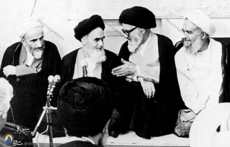 1358/ از راست:شهید آیت الله محمد صدوقی،آیت الله سید محمدعلی انگجی،امام خمینی وآیت الله حاج میرزا علی فلسفی