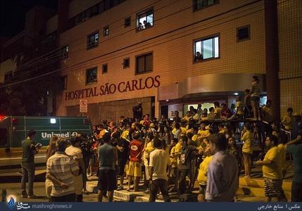 تجمع هواداران نیمار مقابل بییمارستان، بعد از مصدوم شدن او در دیدار با کلمبیا و انتقال وی به بیمارستان