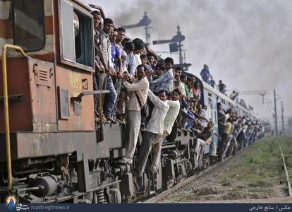 ازدحام مسافران قطار در هند