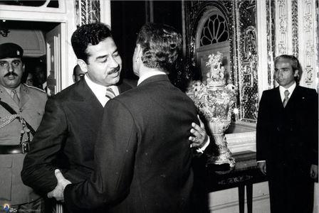 دیدار محمدرضا پهلوی با صدام حسین در کاخ نیاوران