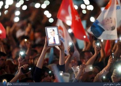 شادی هواداران اردوغان بعد از پیروزی وی در انتخابات ترکیه
