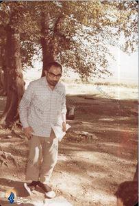 شهید سید اسدالله لاجوردی در محوطه دادستانی کل کشور