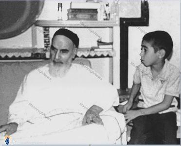فرزند ارشد شهید سید علی اندرزگو در محضر امام خمینی