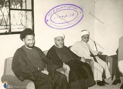 امام موسی صدر درکنار تنی چند از شخصیتهای دینی سوریه