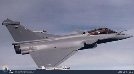Nr.4 Dassault Rafale (France).داسو رافال (به فرانسوی: Dassault Rafale) هواپیمای جنگنده دوموتورهٔ چندمنظورهٔ فرانسوی است که توسط شرکت هوانوردی داسو طراحی شده و ساخته میشود. داسو این هواپیما را جنگندهای همهمنظوره با قابلیت پنهانکاری نسبی توصیف کرده که قادر است همزمان وظایفی همچون برتری هوایی، بمباران اهداف زمینی، شناسایی و مأموریتهای بازدارندگی اتمی را ایفا کند.بهای هر فروند بیش از 70 میلیون دلار