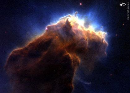ستونی از گازهای کهکشانی در سحابی عقاب (M16 Eagle Nebula)