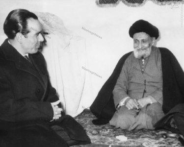 سید حسین فاطمی درکنارآیت الله سید ابوالقاسم کاشانیbr /