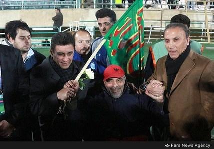 resized 800511 219 عکس/ دیدار تیمهای استقلال و پرسپولیس