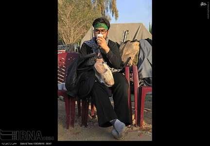 عکس/ زائران حسینی در جاده نجف به کربلا