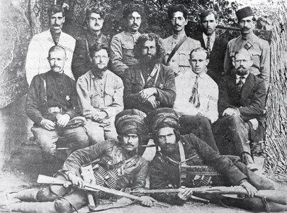 میرزا کوچک خان جنگلی پس از اولین دور مذاکره بانمایندگان دولت روسیه