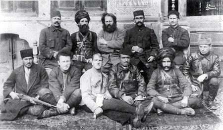 گروه مشترک کارکنان گیلانی و روسی در رشت