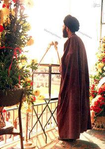 آذر 1357، آیت الله خامنهای در یکی از سخنرانیهای خود در جمع تحصنکنندگان بیمارستان امام رضا (ع) در مشهد
