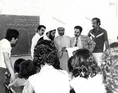 شهيد آيت الله مفتح در بازديد از برخي مدارس جنوب لبنان