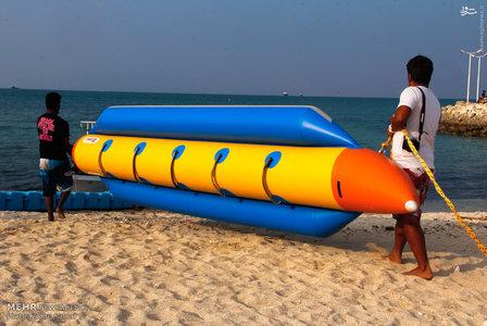 ساحل کیش ساحل دریا زن در ساحل دختر در ساحل
