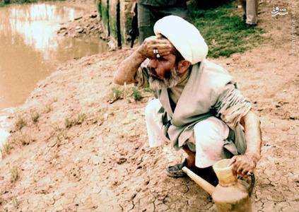 آیت الله جمی در روزهای جنگ تحمیلی در زمان محاصره آبادان