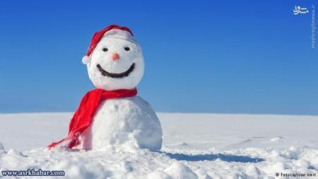 برای ساختن یک آدم برفی هر نوع برفی مناسب نیست. دانههای برفیای که خیستر هستند برای ساخت آدم برفی مناسبترند. اما برفی که خشک و به صورت پودر است، برای این کار مناسب نیست. اما این نوع برف بیشتر بر روی زمین مینشیند و به همین خاطر برای وجود یخچالهای طبیعی لازم است.