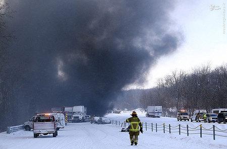 resized 855919 863 تصادفی که منجر به آتشبازی شد / تصاویر
