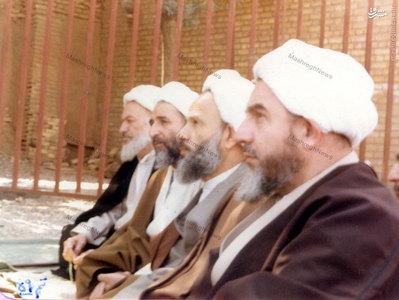 آیات:محمدیزدی، عباس محفوظی، محمد محمدی گیلانی و احمد آذری از اعضای جامعه مدرسین حوزه علمیه قم