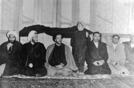 شهید نواب صفوی در سفر به مشهد مقدس در بهمن 1331