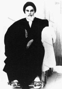 بهمن 1358، امام خمینی در بیمارستان قلب تهران