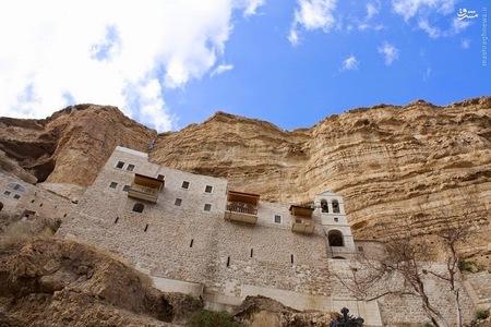عکس/ کلیسایی باستانی در دل کوه