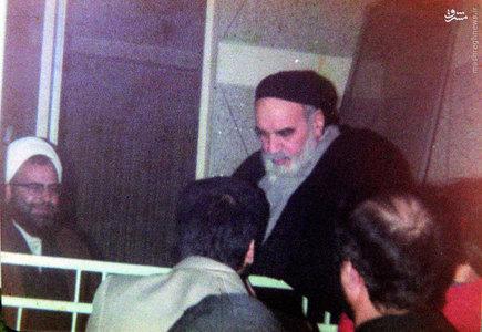 شهید آیت الله فضل الله محلاتی در محضر امام خمینی در جماران