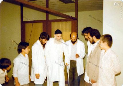 آیت الله العظمی سیدمحمدرضا گلپایگانی در یکی از سفرهای استعلاجی در یکی ازبیمارستانهای تهران