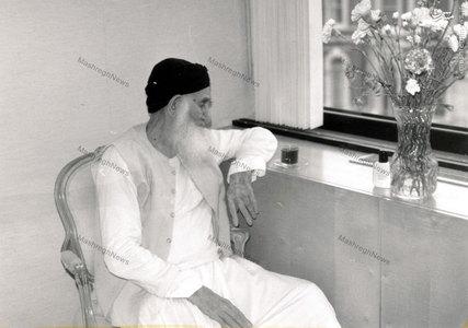 آیت الله العظمی سیدمحمدرضا گلپایگانی در یکی از سفرهای استعلاجی به خارج از کشور