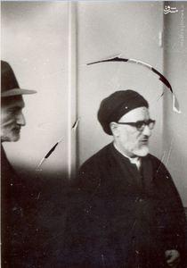 استاد محمدتقی شریعتی در کنار آیت الله طالقانی در مسجد جامع کرج