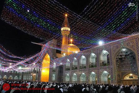 عکس/ حال وهوای حرم رضوی در آستانه عید مبعث