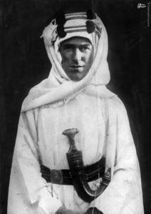 لورنس با لباس عربی