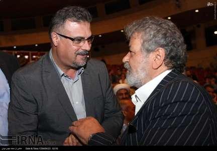 امیر عابدینی(راست) و نظری جویباری(چپ) در مراسم قرعه کشی لیگ برتر