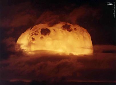 نمایی از آزمون آزتک، بخشی از عملیات Dominic، یکی از بیش از 100 آزمایش هسته ای انجام شده در نوادا و اقیانوسیه در سال 1962.