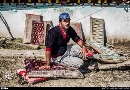 بهروز کاویانی چراتی دهیار روستای چرات یکی از اهالی سیل زده روستای چرات در منطقه سواد کوه