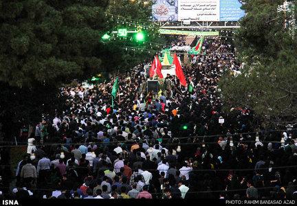 تشییع شهدای غواص با حضور خیل عظیم مردم کرمان