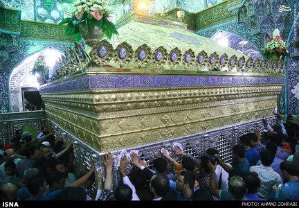 تشییع پیکر شهدا در حرم حضرت معصومه(س)