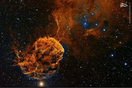* سحابی IC۴۴۳ _   در صورت فلکی جوزا، IC۴۴۳ باقیمانده یک انفجار ابر نواختری بی نهایت بزرگ در حدود ۳۰۰۰۰ سال پیش است.