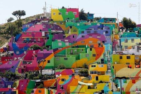 نقاشی دیواری هنرمندان مکزیکی در مناطق مرتفع شهر «پاچوکا»
