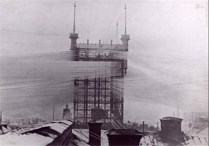 برج تلفن استکهلم سوئد در سال 1890 که 5 هزار خط تلفن را به یکدیگر متصل میکرد