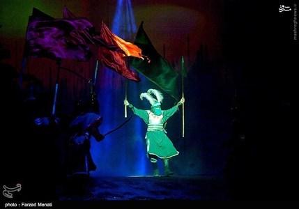 resized 1192538 651 عکس/ هشتمین اجرای نمایش فصل شیدایی در کرمانشاه